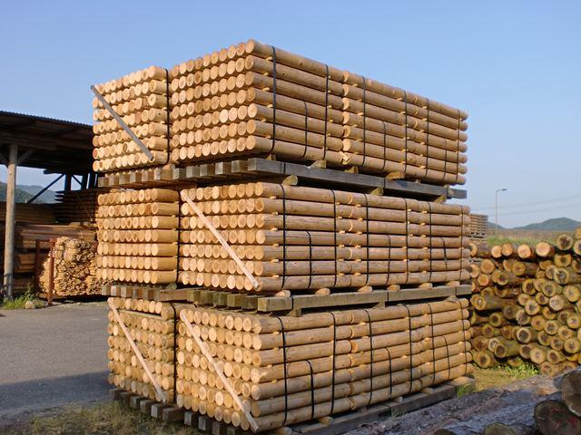丸棒・丸柱・円柱加工品・ロータリー木材・ロータリー丸太(小)