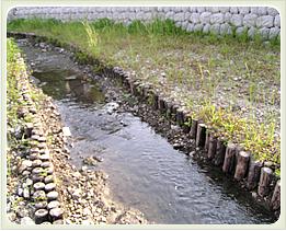 (写真)河川・水路工
