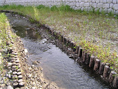 (写真)兵庫県丹波市 水路工