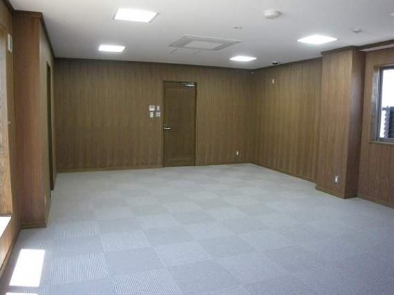 「天然木極薄つき板」施工実績第1号完成