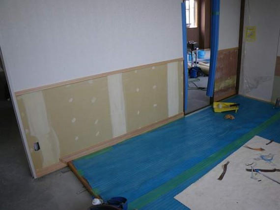 「天然木極薄つき板」施工風景