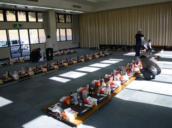 「山の神様」 神事・安全講習後の交流会(開会前)