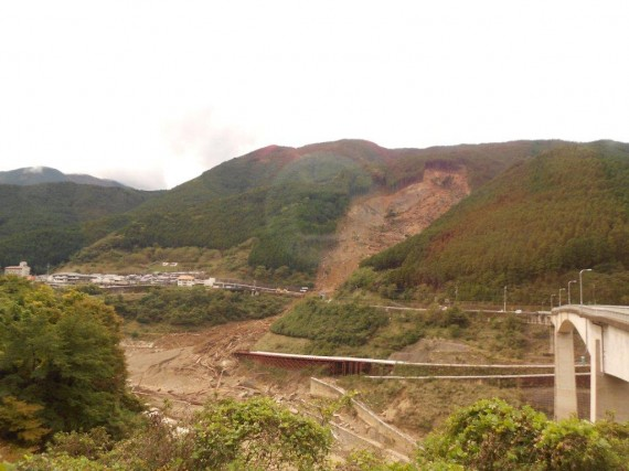 深層崩壊を起こした山林現場 (川上村)