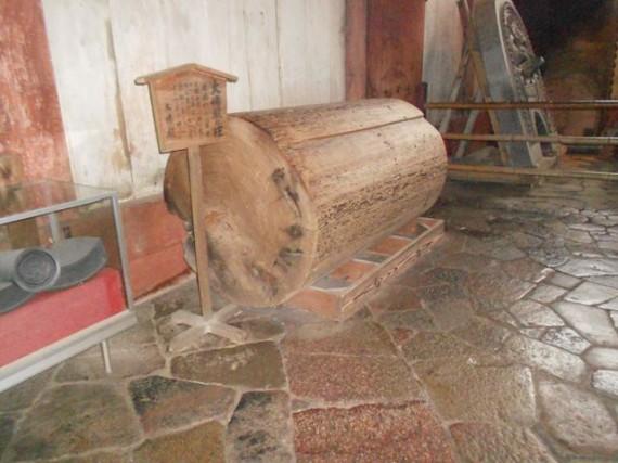 明治時代の大修理で取り除かれた杉柱
