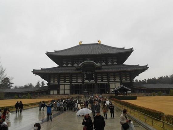 『丸柱・円柱巡礼』第2号      『東大寺・大仏殿』