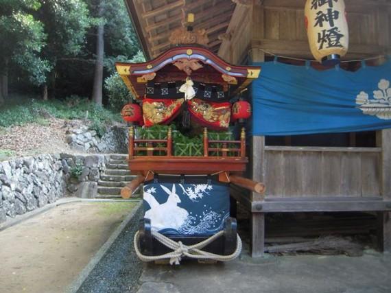岩座神・五霊神社の曳山(ひきやま)・全景