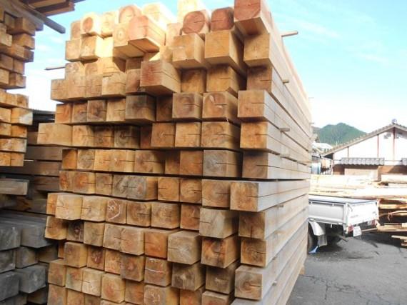 2ちゃん製材工場の製品在庫