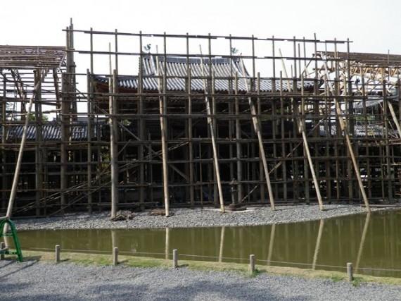 平等院鳳凰堂で組み上げられた「太足場」