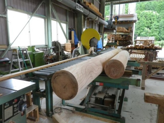 直径30cm・300mmの円柱材 (カット終了後)