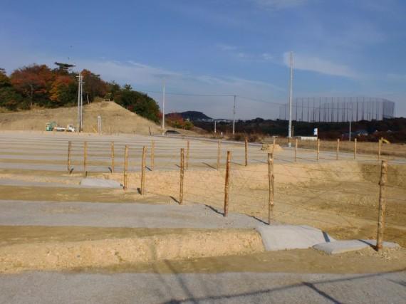 造成地での立ち入り禁止柵の例2